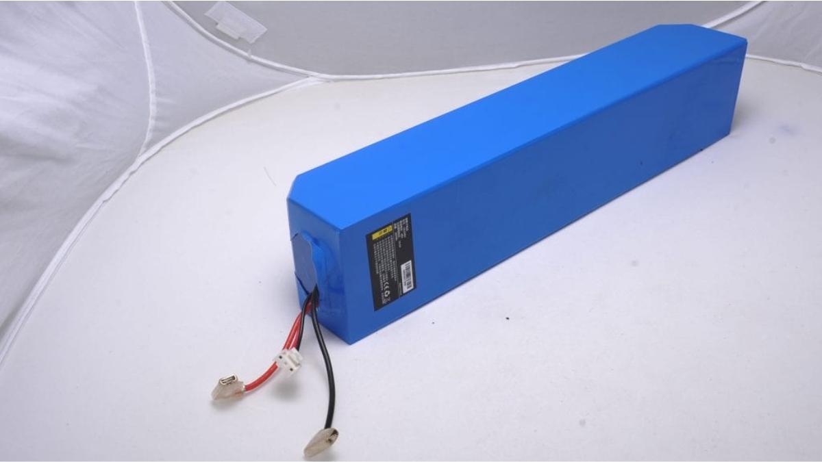 Замена аккумулятора в электросамокате