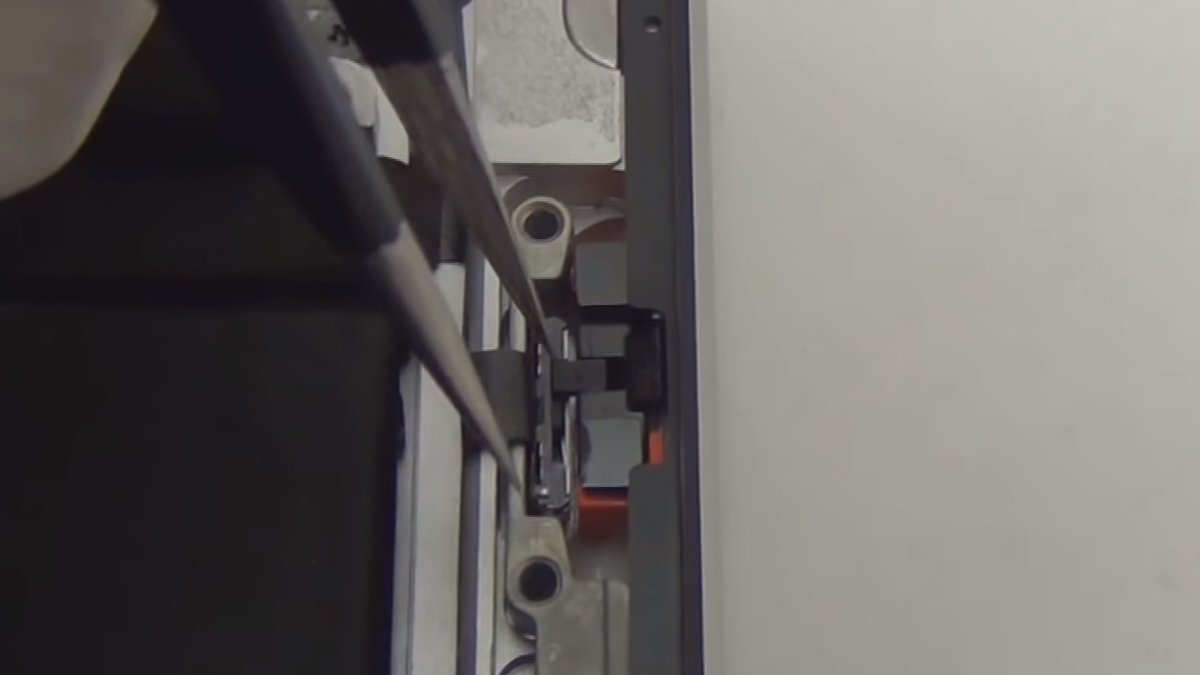 Замена разъёма наушников Ipad 4