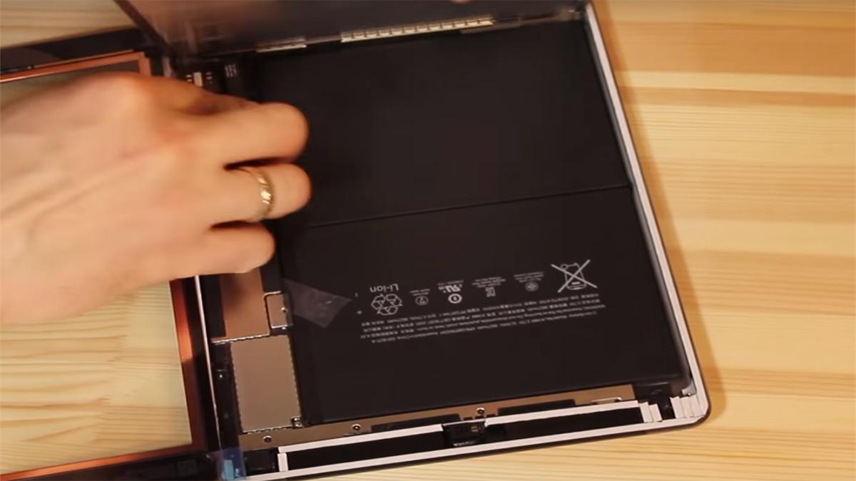 Замена аккумулятора на Ipad Air