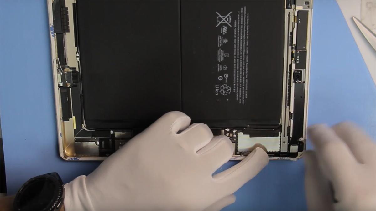 Замена кнопки громкости на Ipad Air 2