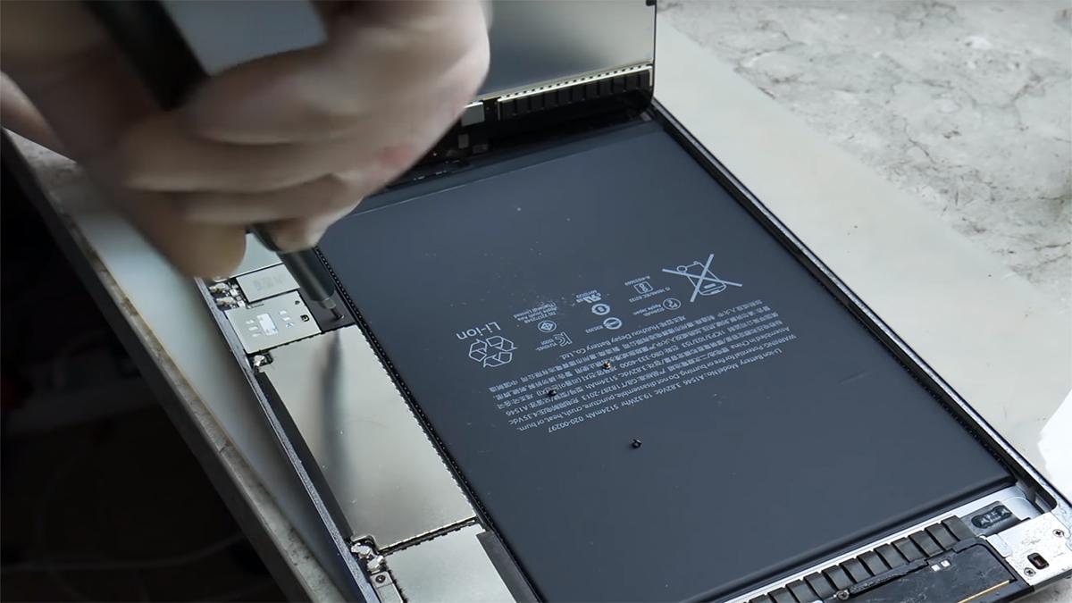 Замена аккумулятора на Ipad Mini 4