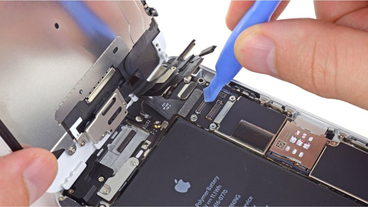 Замена шлейфа голосового динамика на iPhone 6
