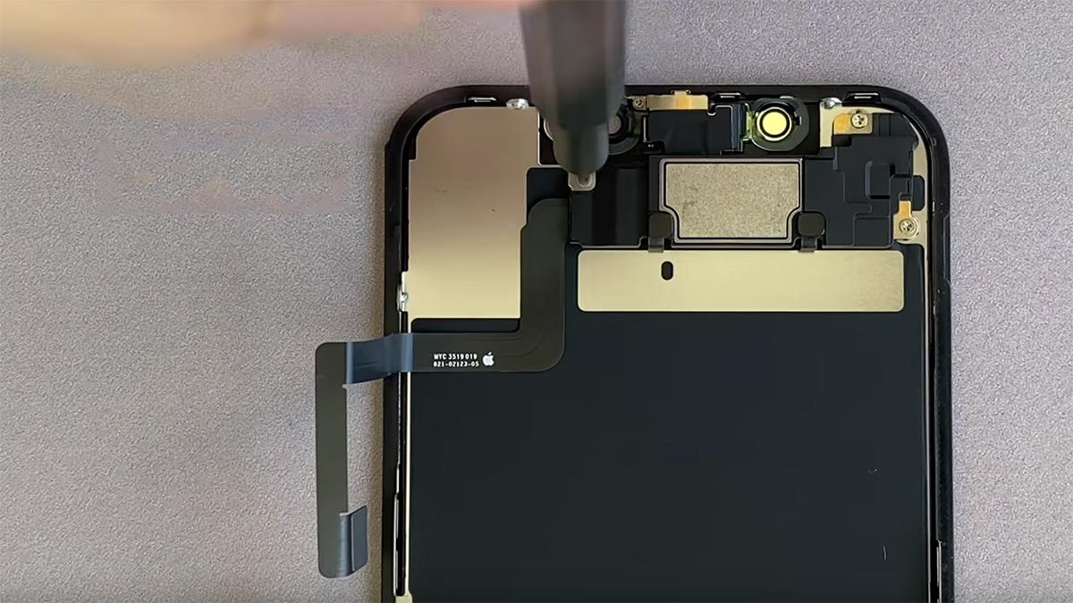 Замена передней камеры на iPhone 11