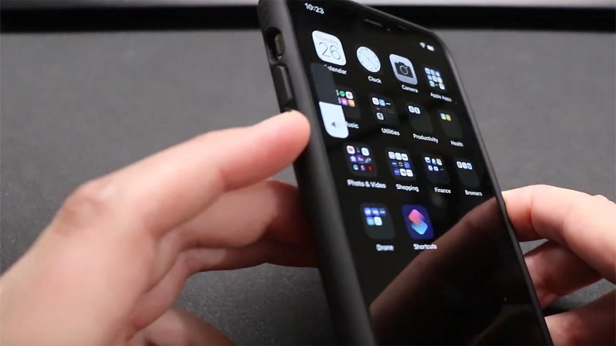 Замена кнопки громкости на iPhone 11