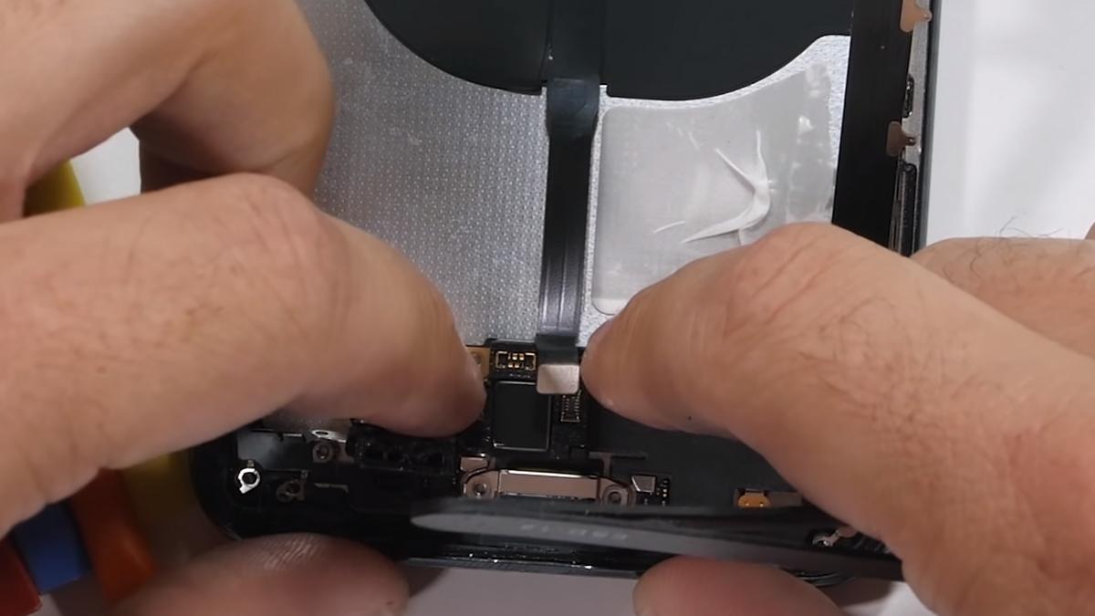 Замена корпуса на iPhone 11 Pro Max