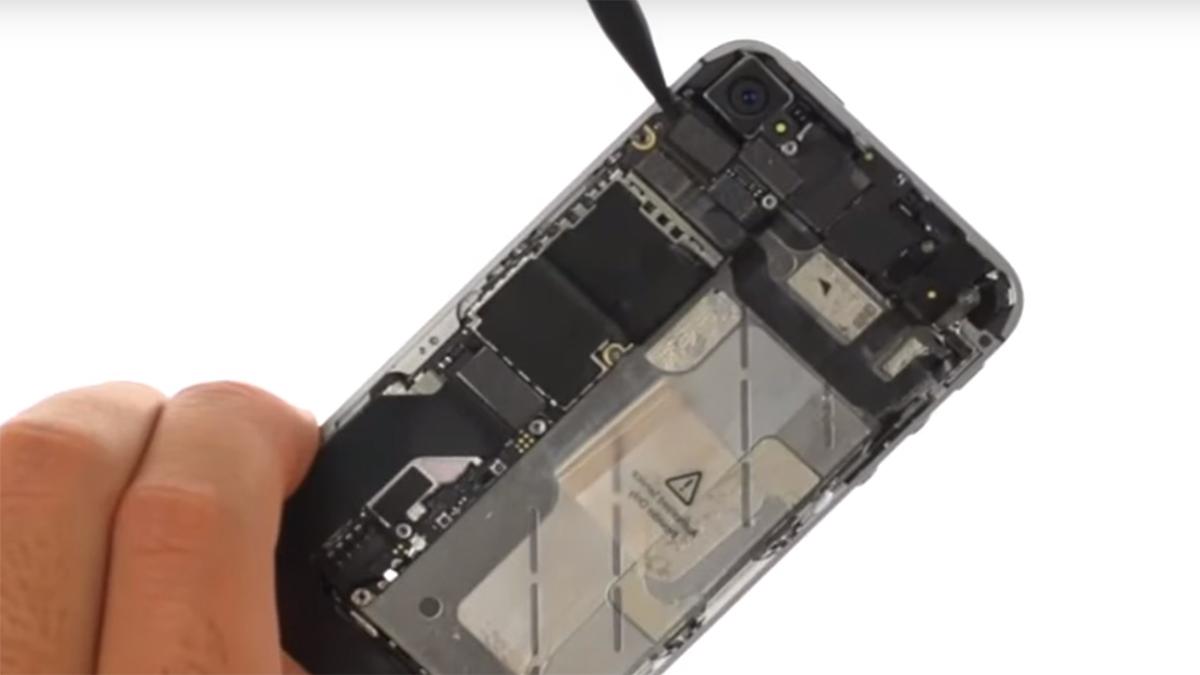 Замена основной камеры на iPhone 4S
