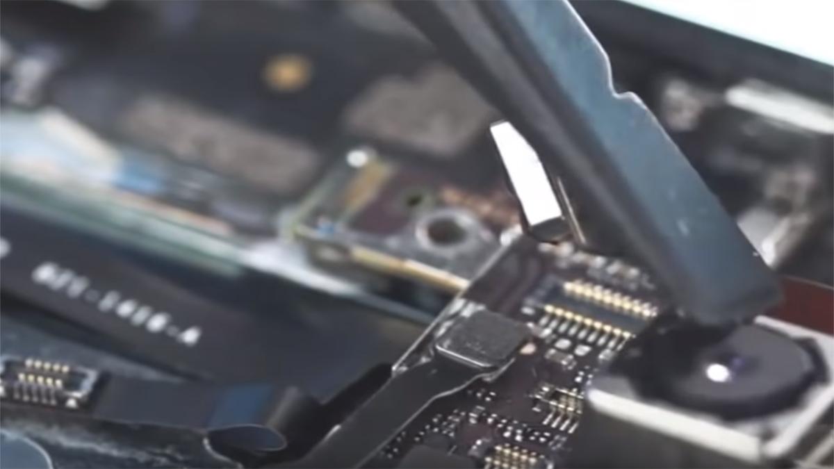 Замена основной камеры на iPhone 5
