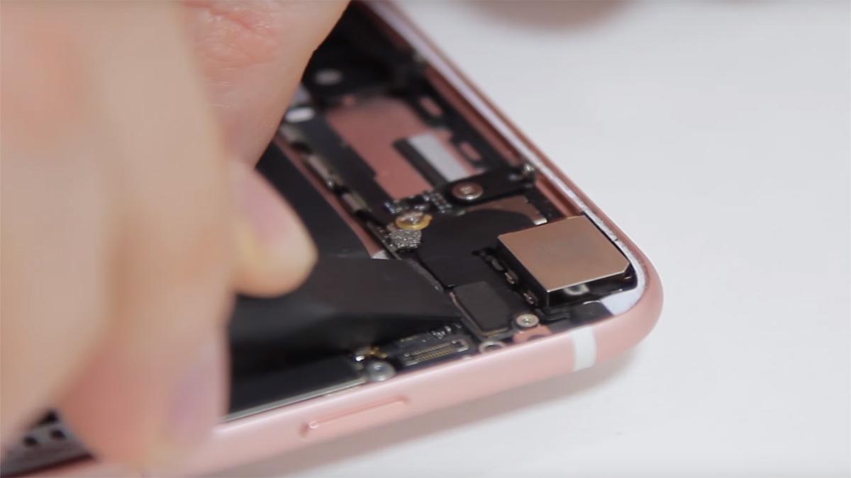 Замена полифонического динамика на iPhone 6S Plus