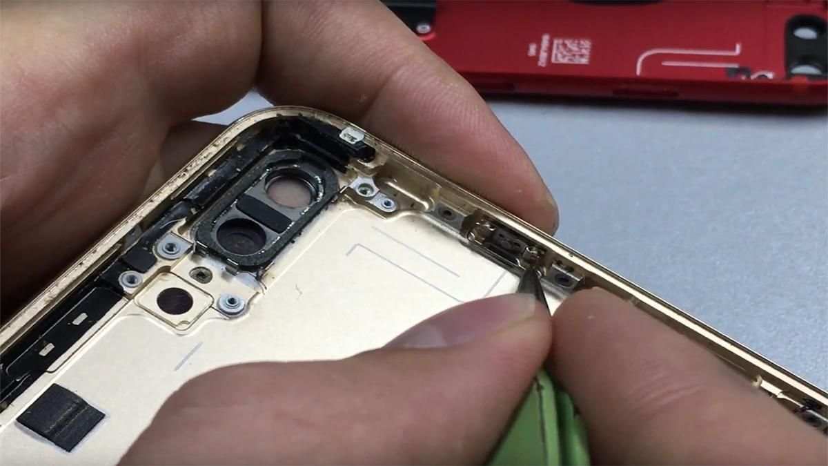 Замена кнопки громкости на iPhone 7