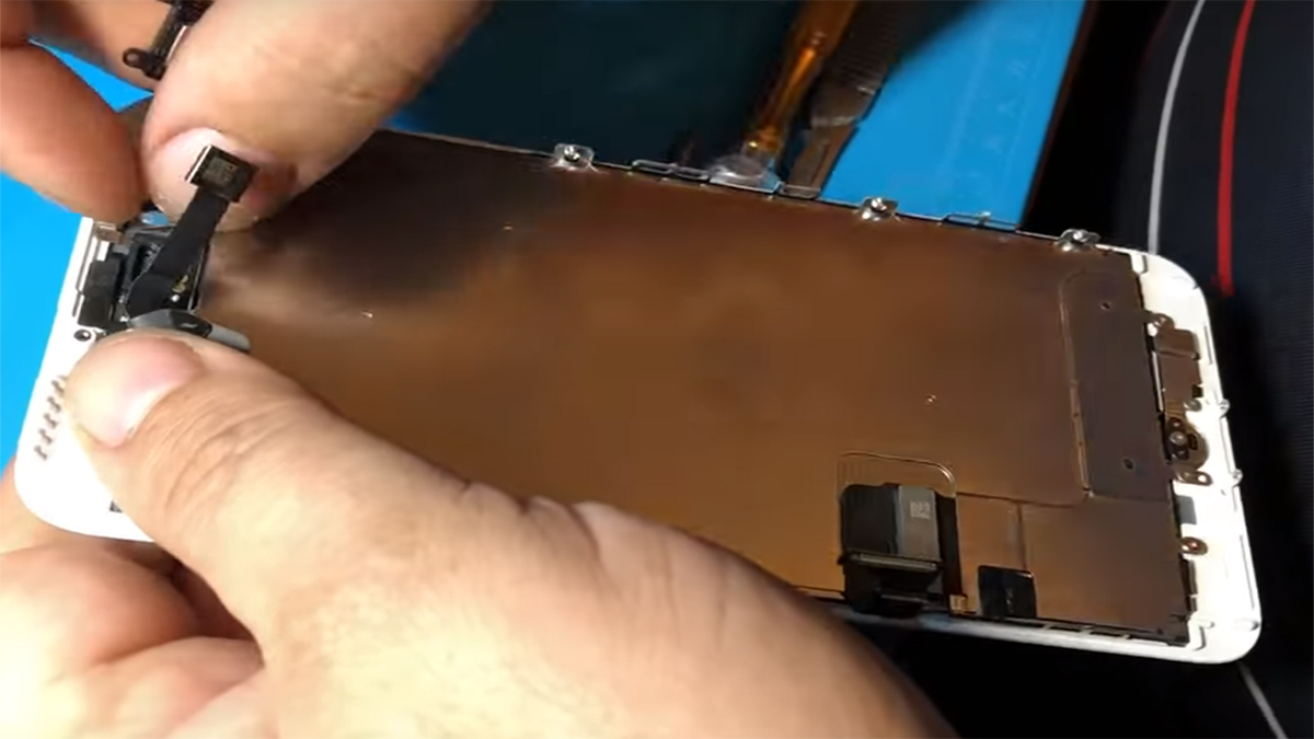Замена передней камеры на iPhone 7 Plus