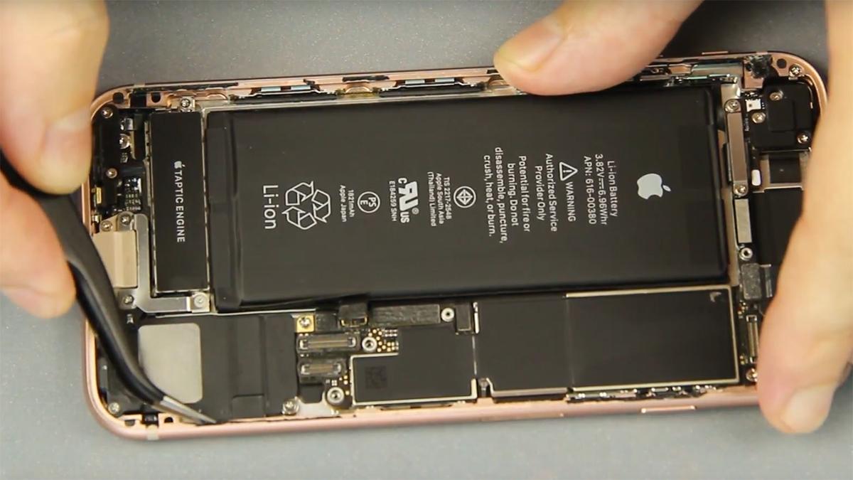 Замена кнопки громкости на iPhone 8