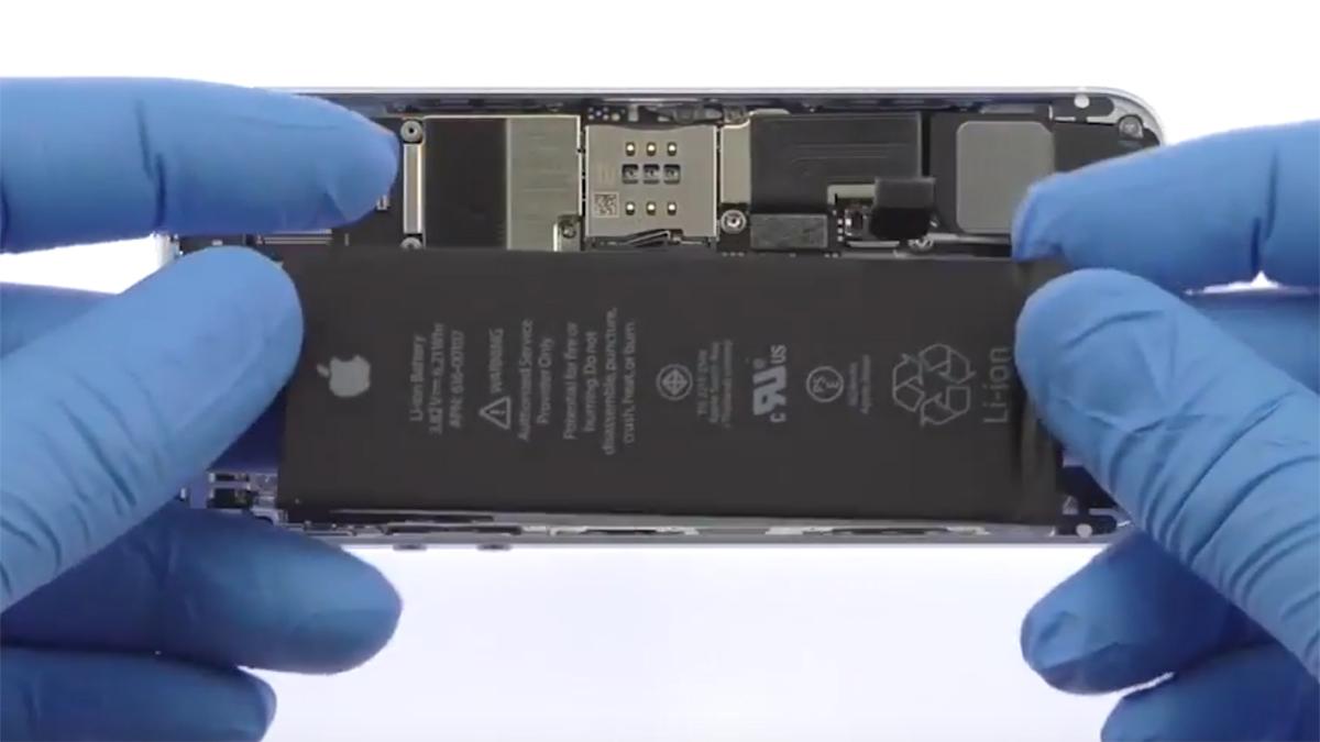 Замена аккумулятора на iPhone SE