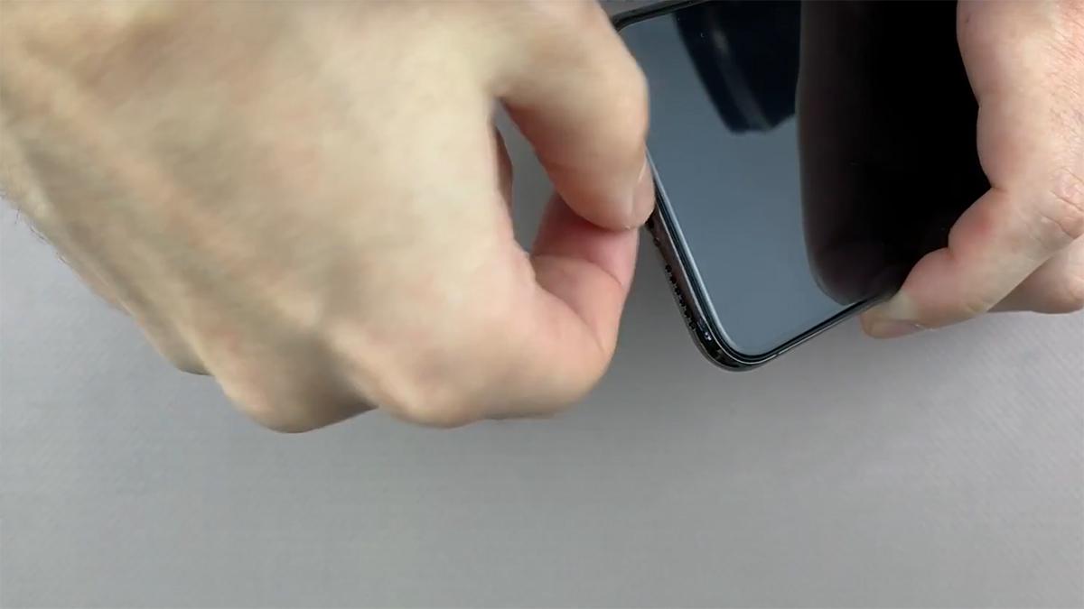 Замена кнопки громкости на iPhone X