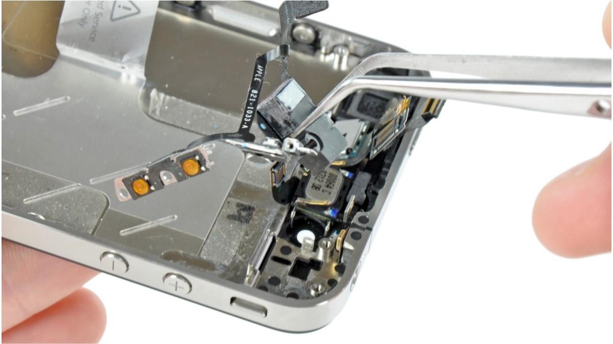Замена разъема наушников на iPhone 4