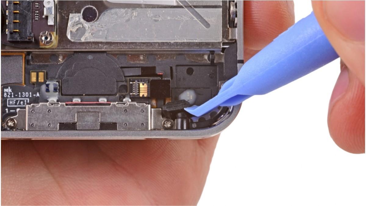 Замена микрофона на iPhone 4